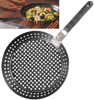 Grilling Skillet w/ Removable Handle