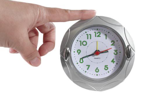 4 round quartz analog alarm clock pulsetv. Black Bedroom Furniture Sets. Home Design Ideas