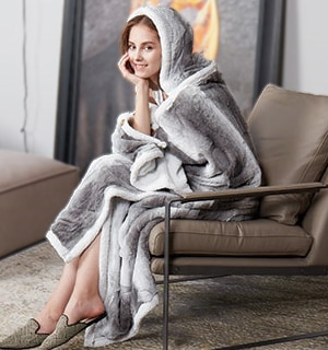 Sherpa Snuggle Hooded Throw - #8831