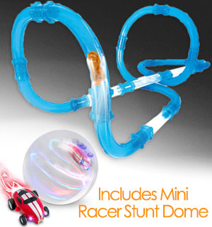 Turbo Pipes Racing Set with Free Mini Stunt Dome