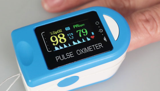 OLED Fingerclip Pulse Oximeter